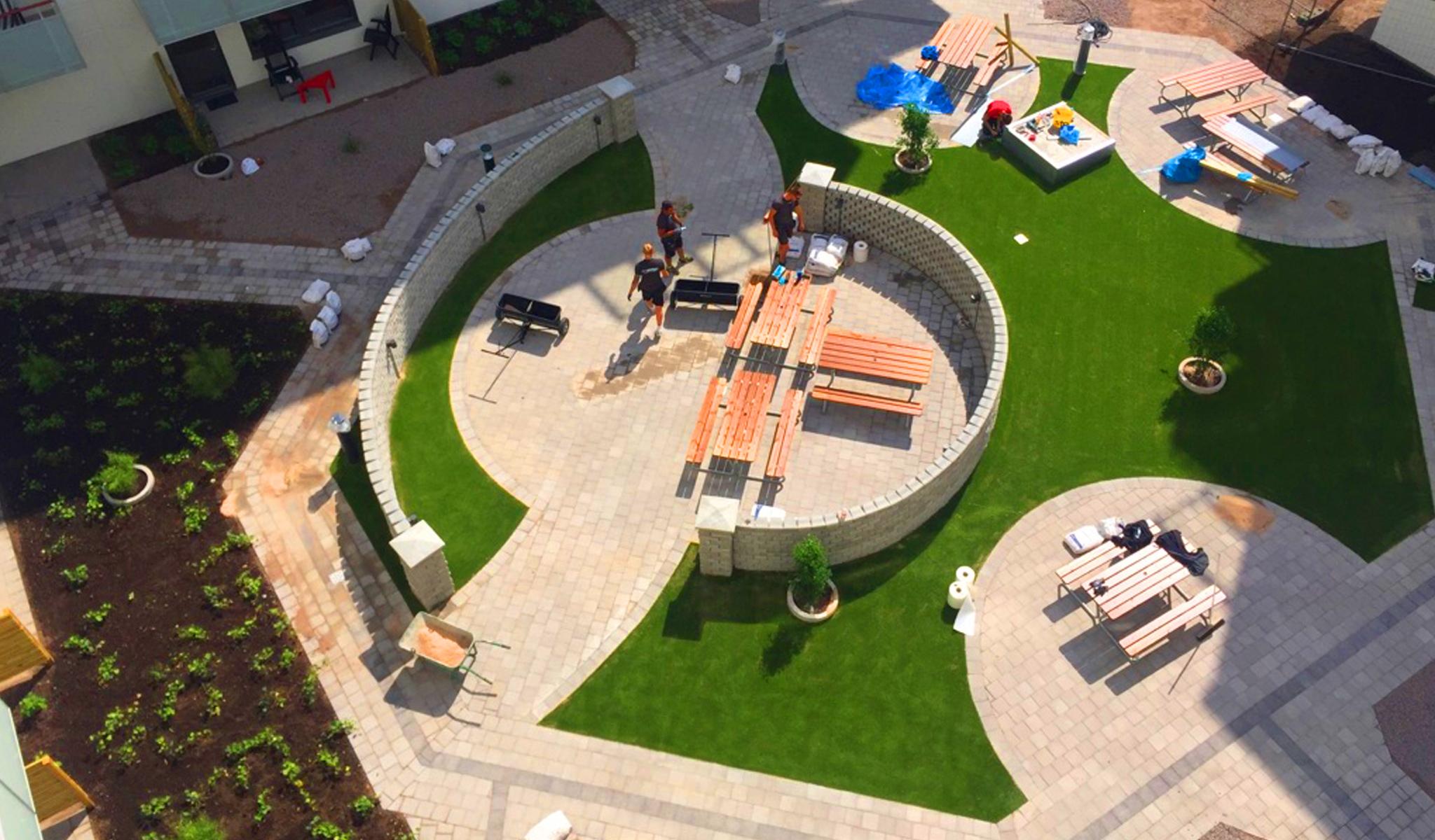 kunstgress bygård hagearbeid terrasse unisport