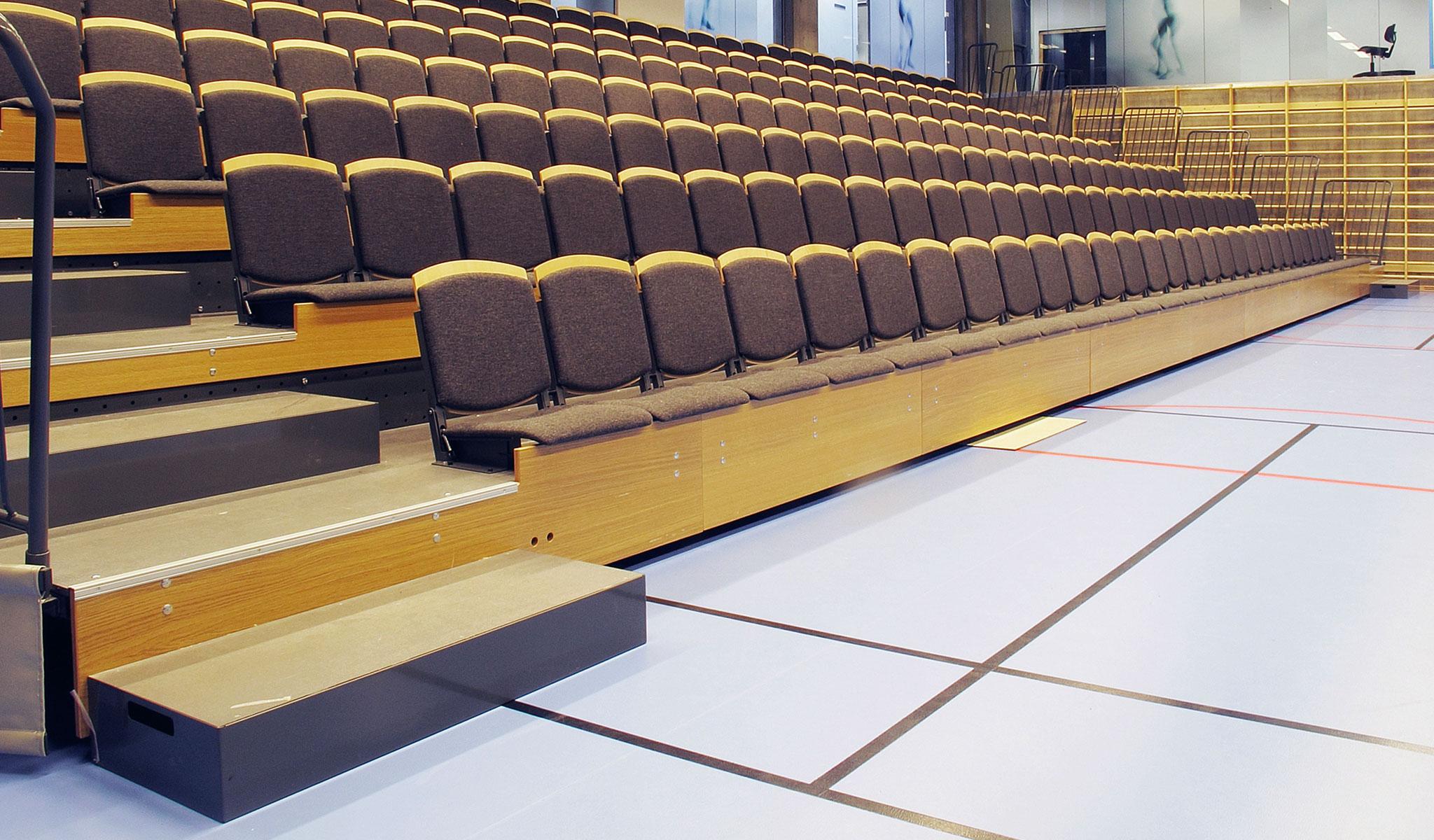 tribuenstole goal auto i tribunesæde