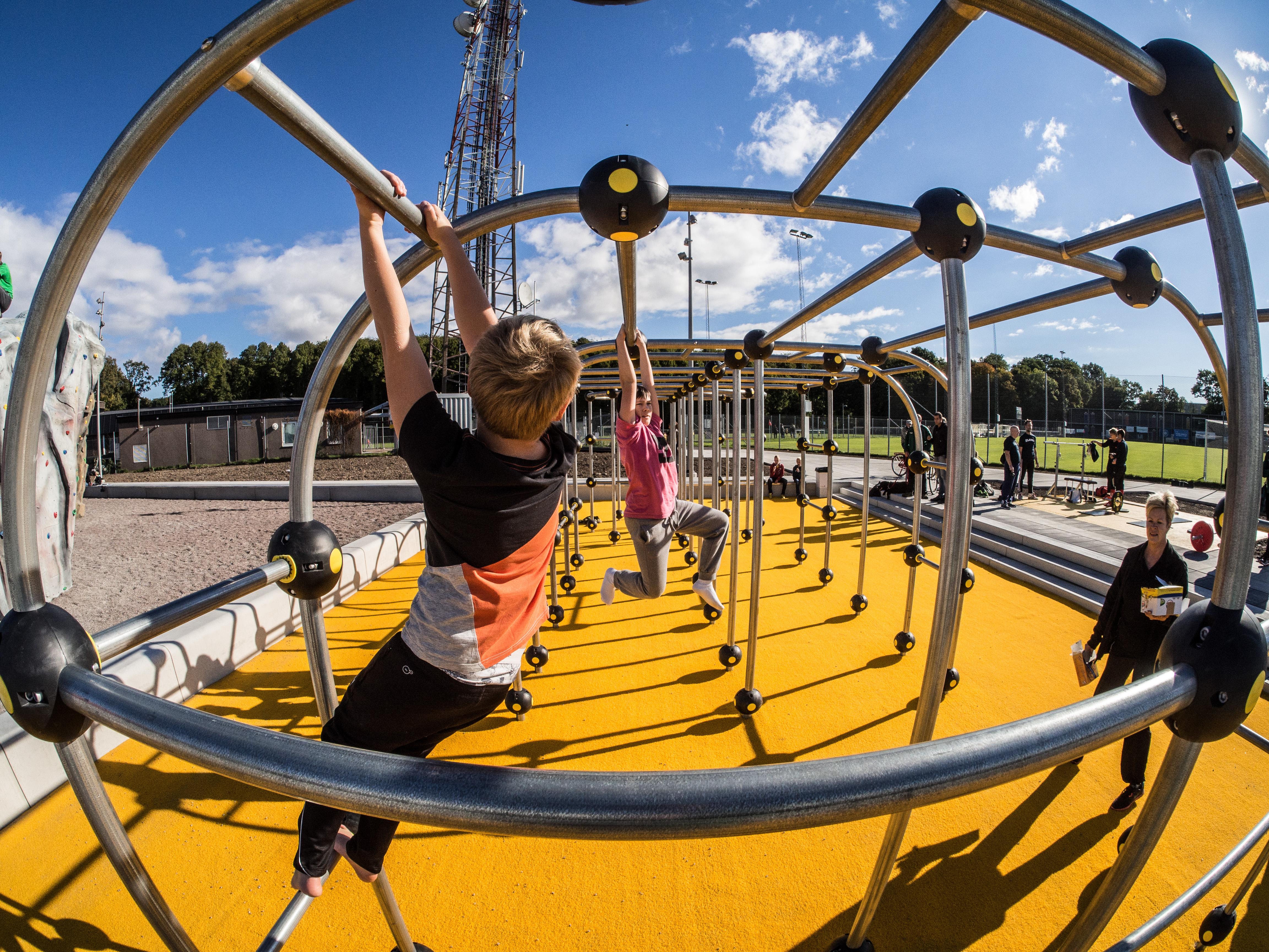 konstgräs fallskydd lekplats unisport