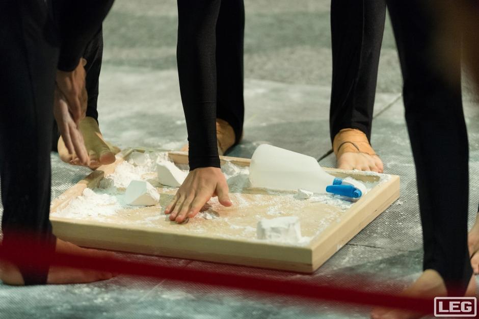 LEG tränings- och tävlingsutrustning för gymnastik från Unisport