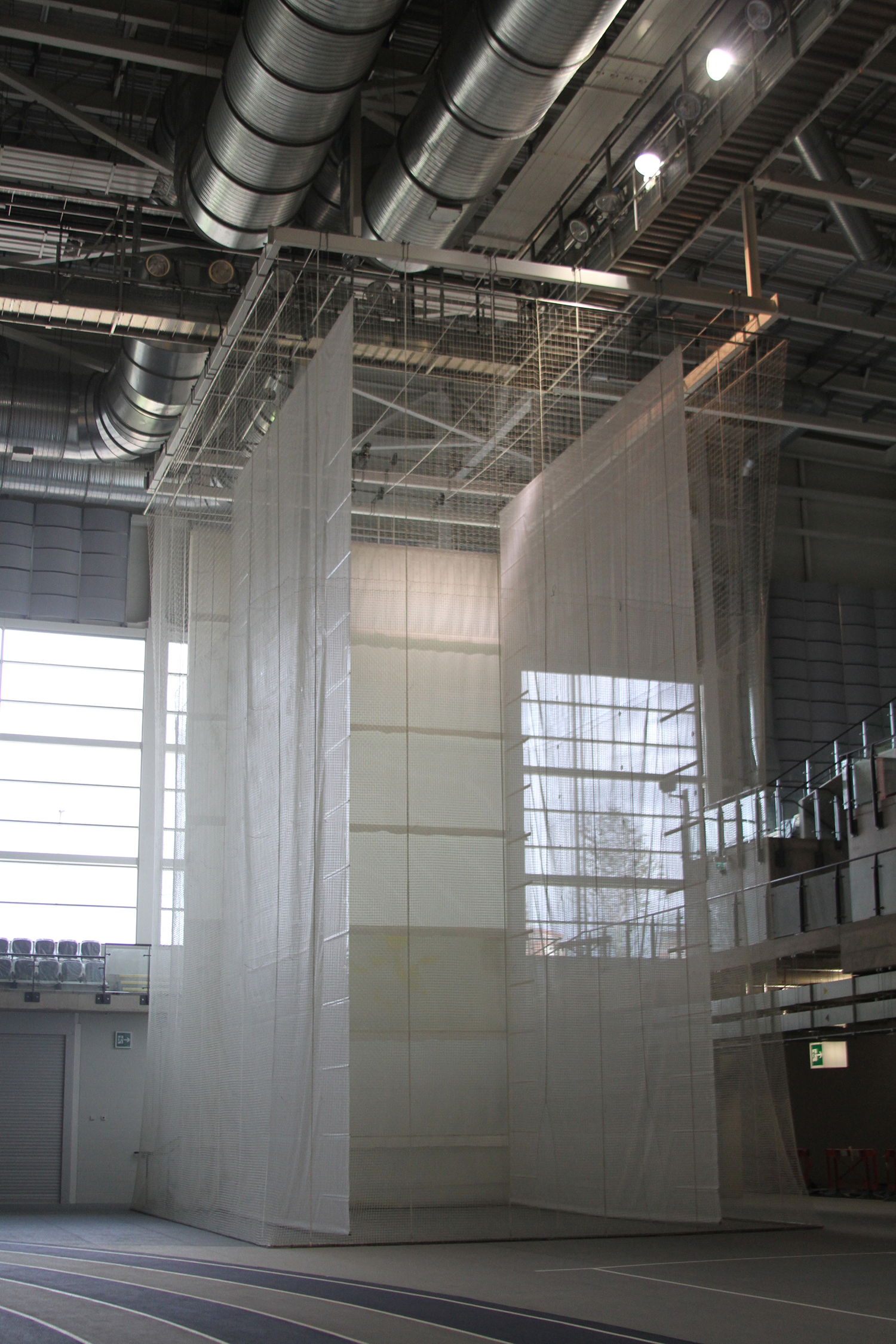 Emirates Arena Motorised Indoor Throws Cage by Unisport
