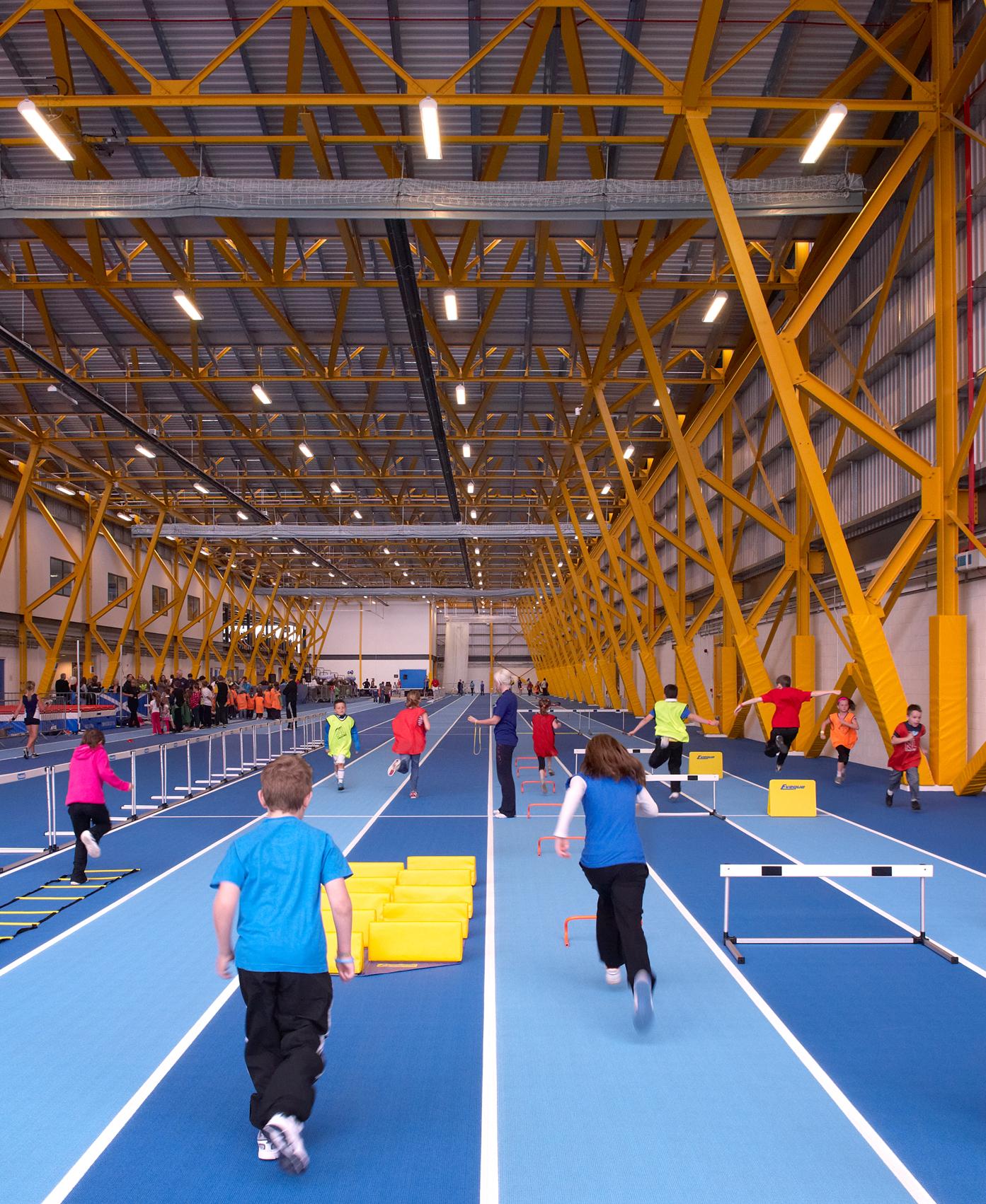 Ravenscraig Regional Sports Facility Athletics Hall Motorised Dividers by Unisport