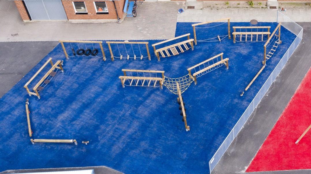 Unisport kunstgræs multibane udendørs fitness