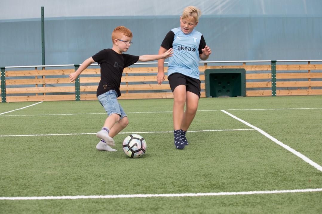 konstgräs fotboll mulisportarena utegym hinderbana motorikbana unisport