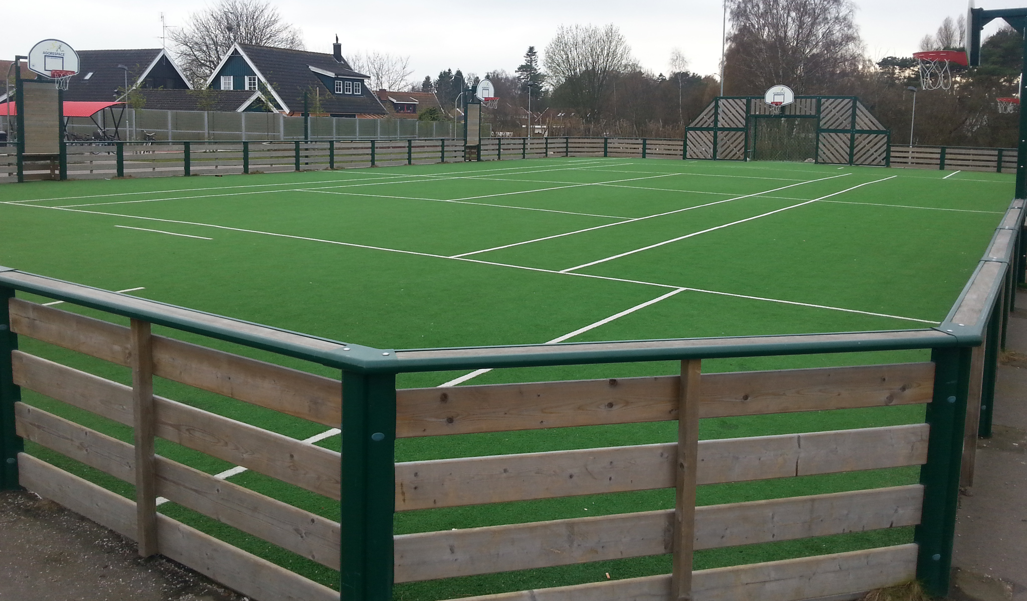 Agorespace multiarena näridrottsplats trä höllviken från unisport