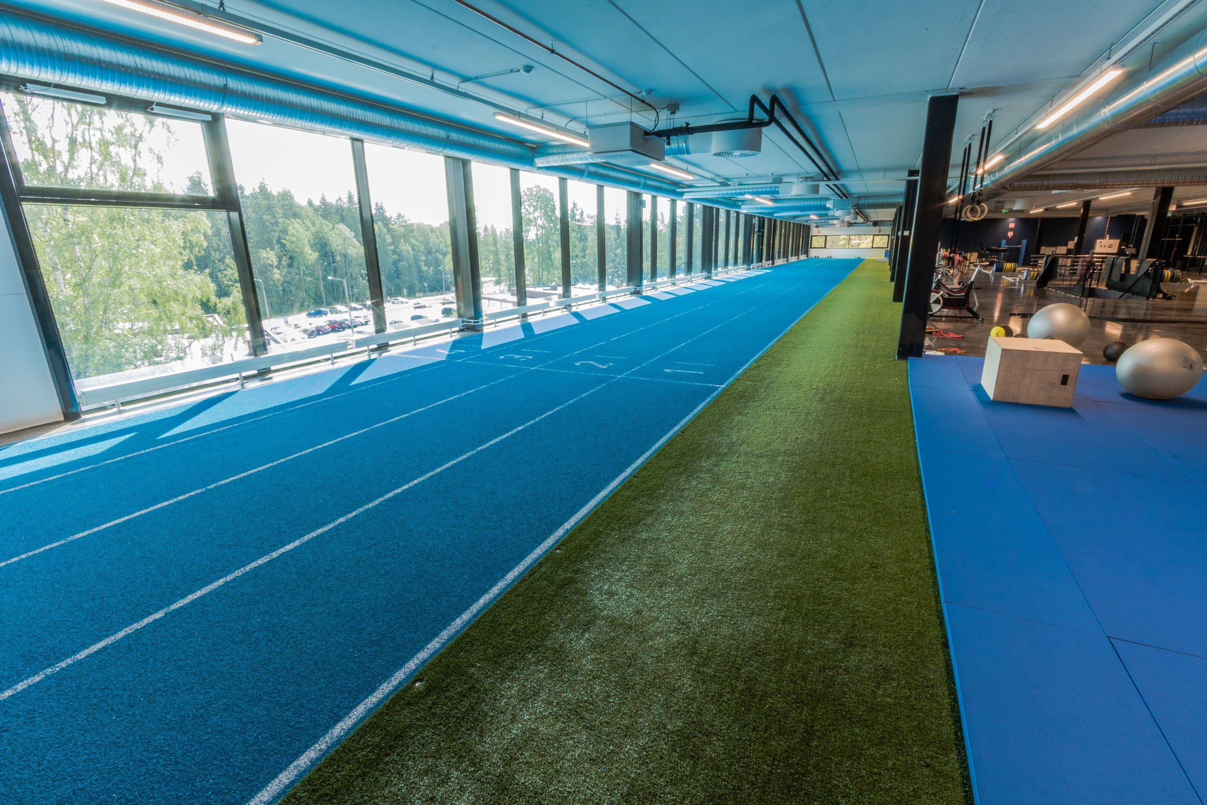Unisport juoksurata urheilupinnoite Kauppi Sports Center