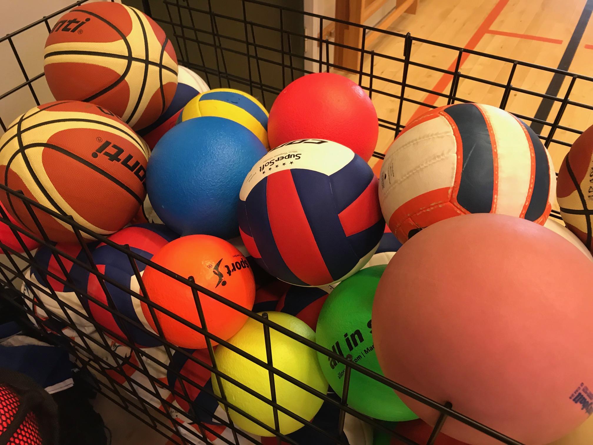 Unisport koululiikunta koripallo lentopallo vaahtomuovipallo allinsport