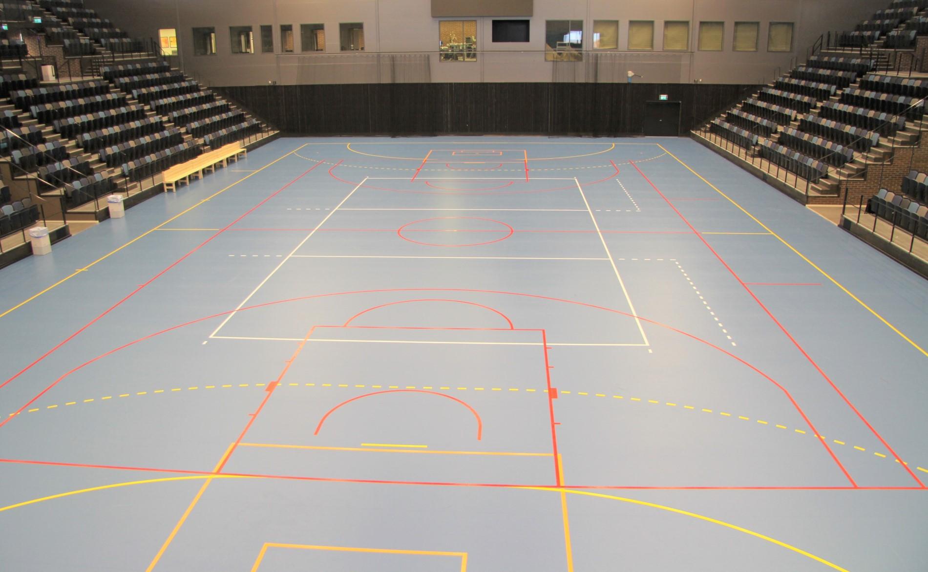 rosvalla arena sportgolv läktarsystem från unisport