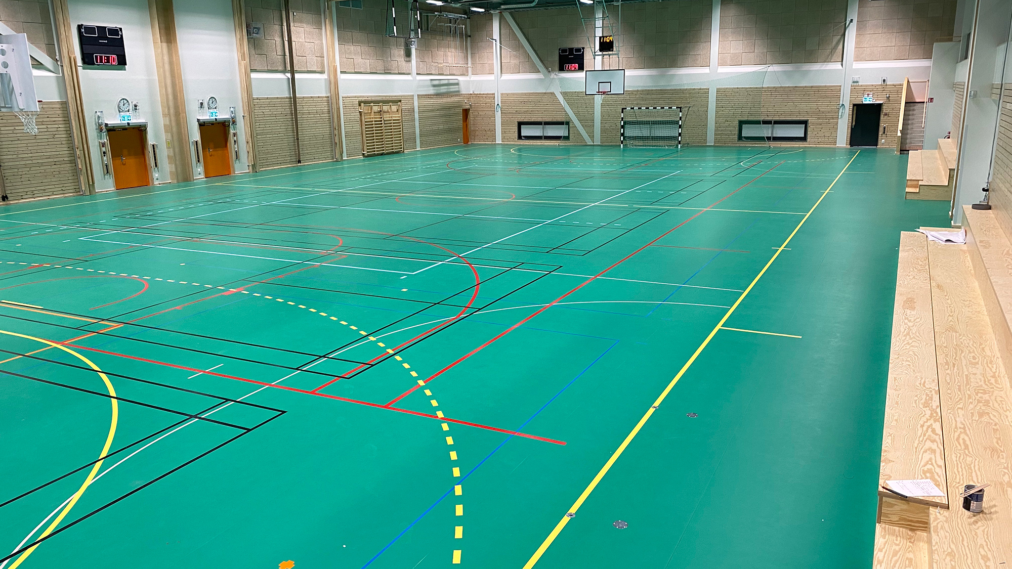 harlyckehallen helsingborg sportgolv och sporthallsinredning unisport taraflex