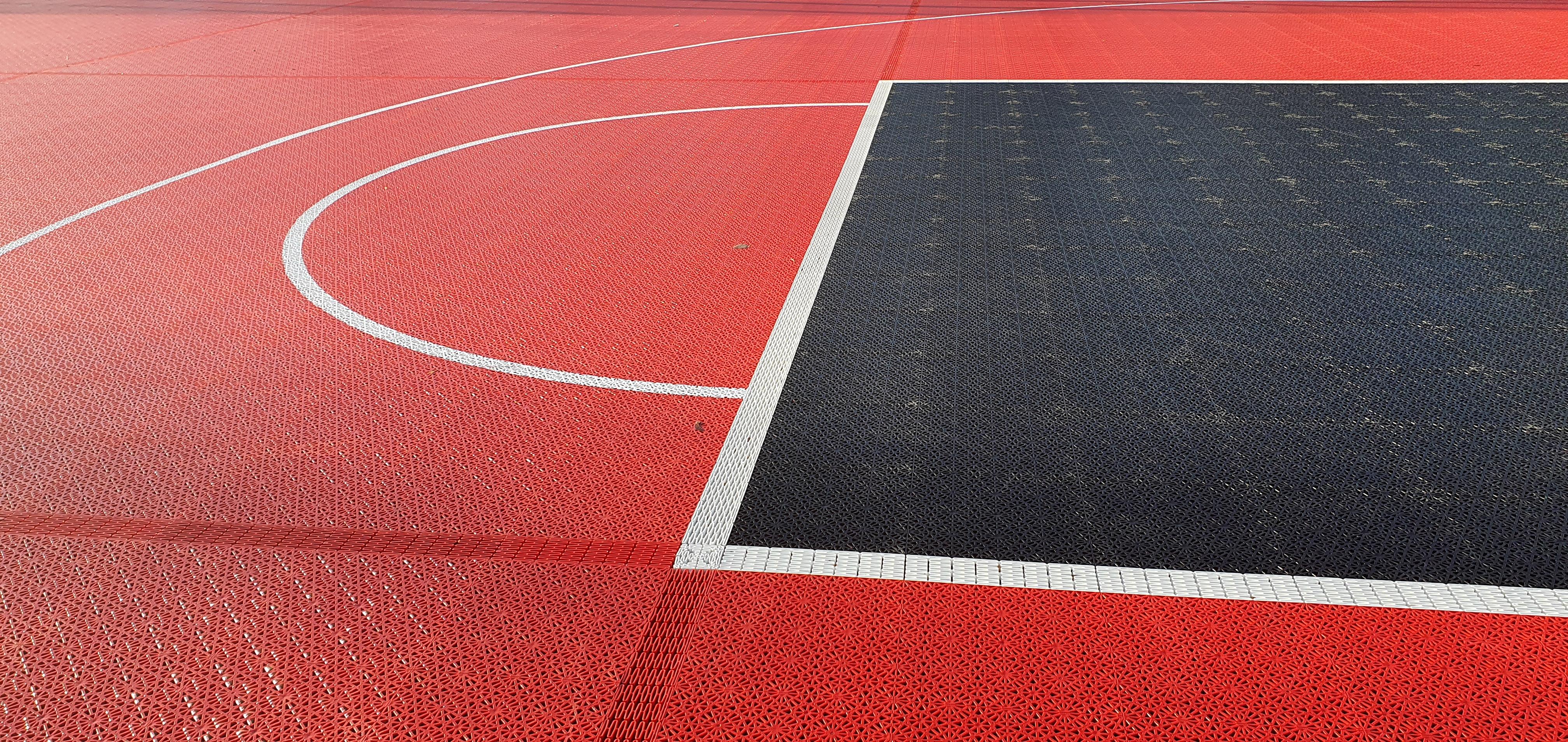 Bergo Multisport-Jyväskylän koripallokenttä-Unisport