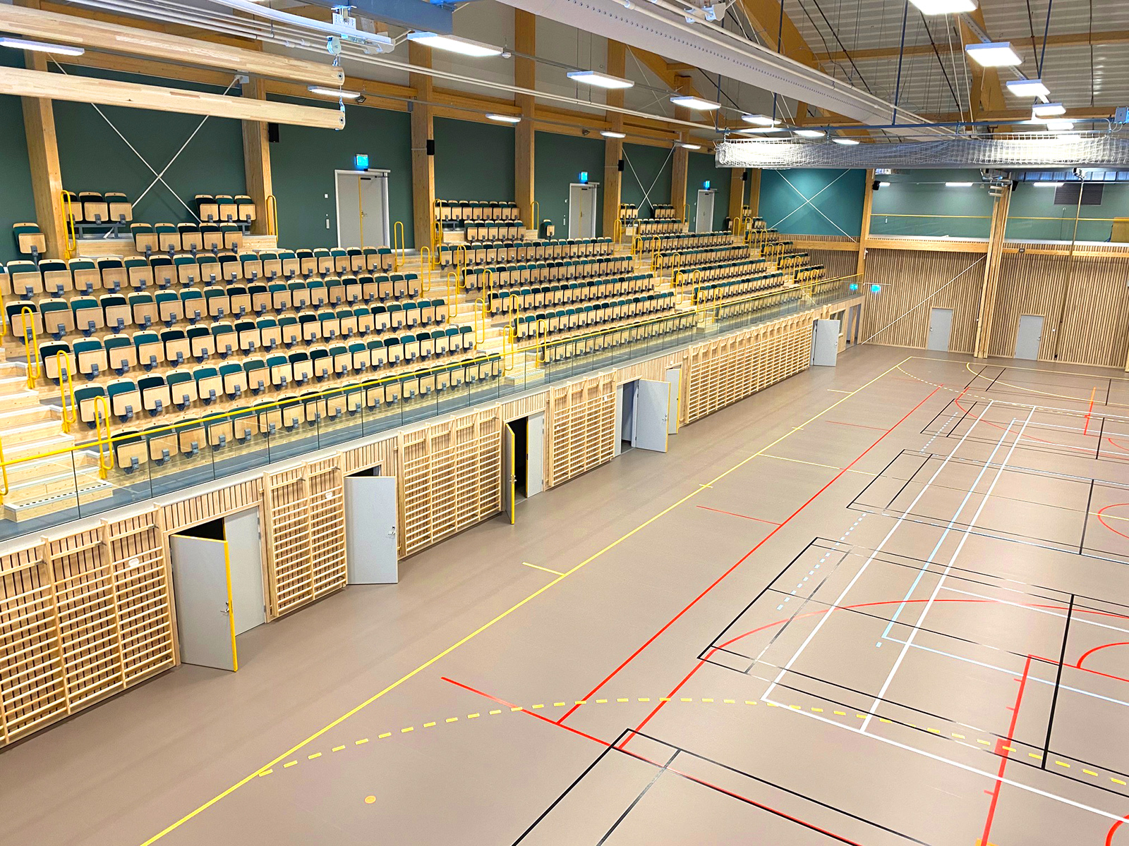 unisport sportgolv sporthallsinredning furuborgshallen nykvarn