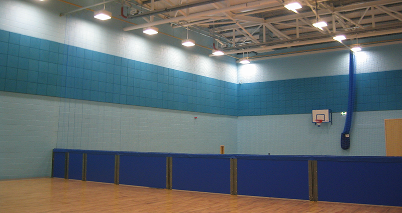 Divisional Hall Netting with Rebound Board by Unisport