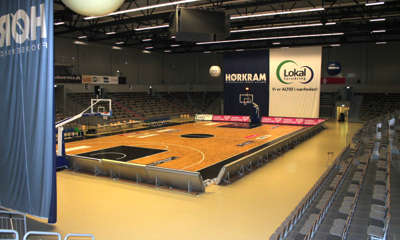 Næstved-Arena-sports-floor-arena-seating-mobile-sports-floor-denmark-unisport